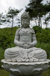 Suda statue at Unjusa