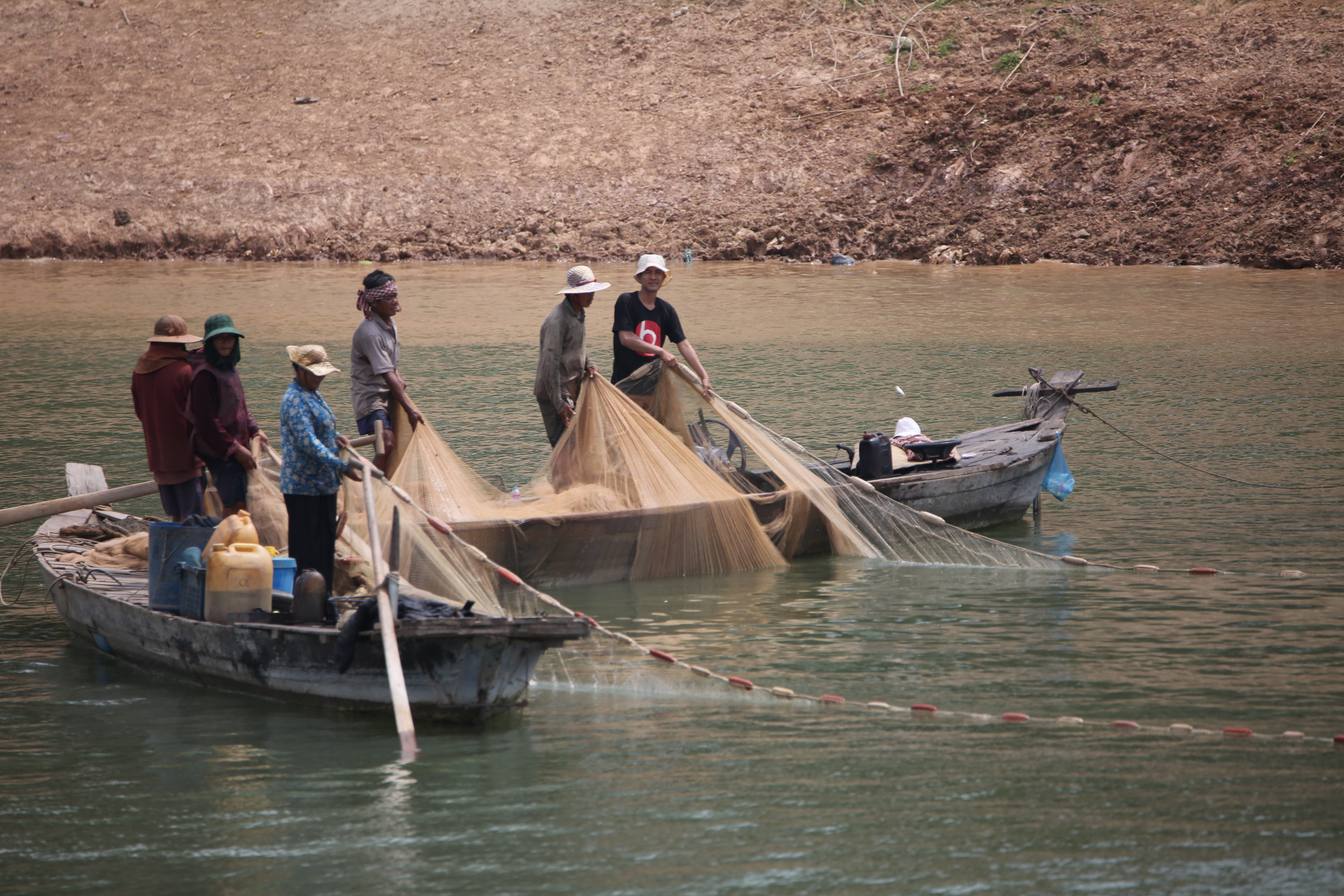 Cambodian fishing-1