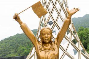 Girl Statue 50mm f16